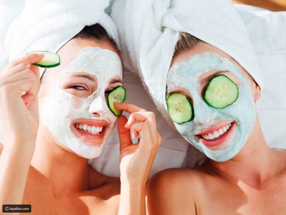 افضل ماسكات للوجه لتفتيح وتقشير وترطيب الوجه للحصول علي بشرة نضرة ذات حيوية