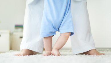 صورة اسباب تقوس الساقين لدي الاطفال وأهم النصائح لحماية اطفالنا من التعرض لتقوس الساق