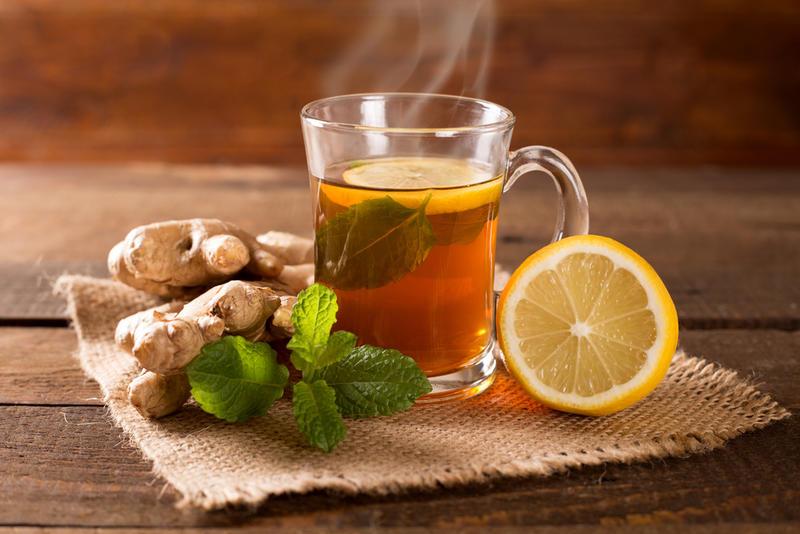 مشروبات فعالة لتنزيل الدورة الشهرية ومسكنة لتخفيف آلام وتشنجات الدورة الشهرية