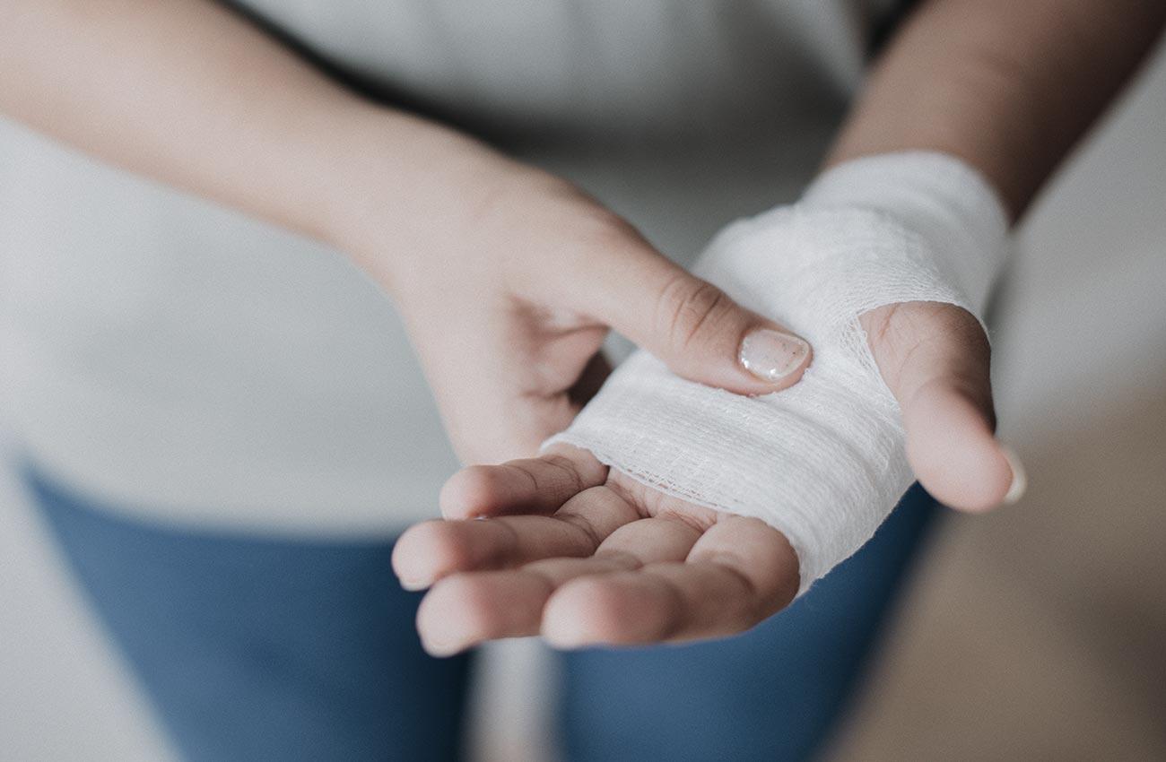 الانسجة الرخوة تفاصيل عن اسباب الاصابة و الاعراض التي تحدث و افضل الادوية المعالجة