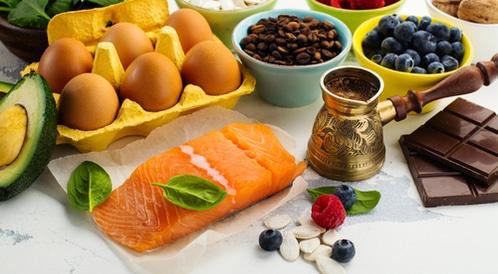 تعرف علي افضل الاطعمة و الاعشاب الطبيعية وافضل مكملات غذائية لتنشيط الذاكرة