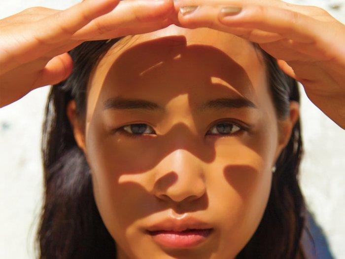 كيف يمكنك تجنب اسمرار البشره و الحفاظ عليها من اشعه الشمس