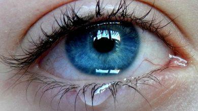 افضل نوع القطرة لعلاج تدميع العين و اهم النصائح للتقليل و الوقايه منها