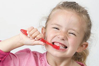 افضل الطرق لحمايه الاسنان من التسوس واهم مضاعفاتها