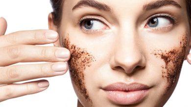 افضل طريقة لتقشير البشرة لازالة خلايا الجلد الميتة لبشرة أكثر نضارة