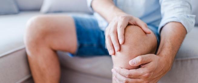 افضل علاج لخشونة الركبة ونصائح للوقاية من مضاعفاتها وطرق التخلص من الآلم