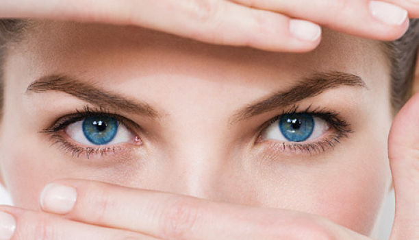 فوائد فيتامين أ على العين و اهم النصائح للحفاظ على صحه العين