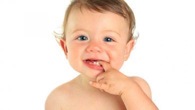 التخلص من اعراض التسنين عند الاطفال الرضع بأفضل الطرق الطبيعية