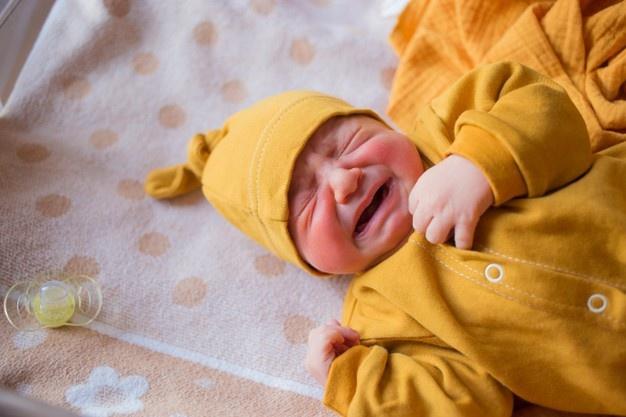 مغص الاطفال الليلي وافضل الاساليب لتخفيف مغص الطفل الرضيع