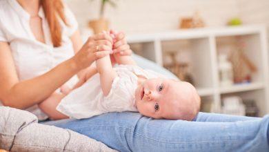 نصائح للتخلص من الغازات لدي الاطفال الرضع وافضل الحلول لمنع تراكم الغازات