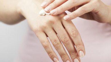 افضل الكريمات المرطبه لعلاج جفاف الجلد و طرق الوقايه منه