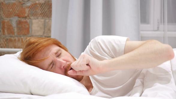 اسباب زيادة الكحة اثناء النوم ليلاً وطرق علاجها وافضل الوصفات للتخفيف منها