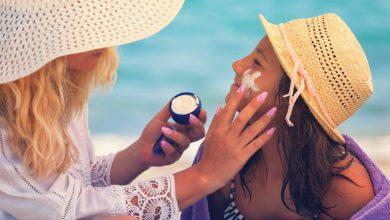مع اقتراب فصل الصيف اليك اشهر انواع صن بلوك للوقاية من اشعة الشمس الضارة