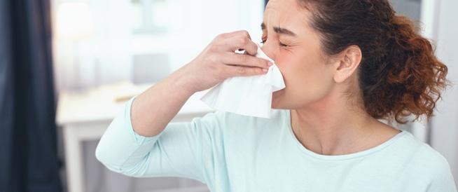 الفرق بين حساسيه الانف و التهاب الجيوب الانفيه والادويه الفعاله